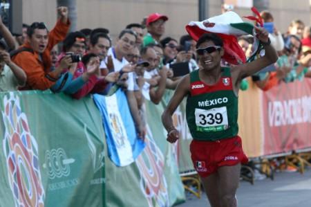 Mexicano Daniel Vargas gana bronce en Maratón de JCC