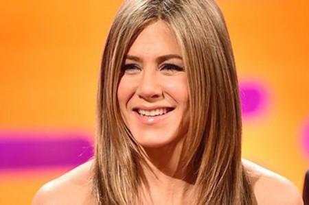 Jennifer Aniston 'está harta' de rumores sobre su vida