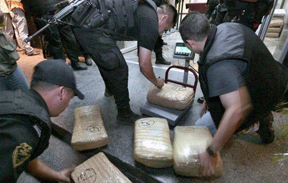 Policías Estatales aseguraron más de 200 kg de marihuana