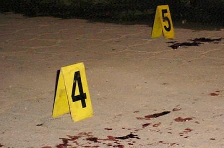 Hombres armados matan a tres personas en Culiacán