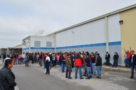 Hasta 700 empleados de Hamilton citados por huelga