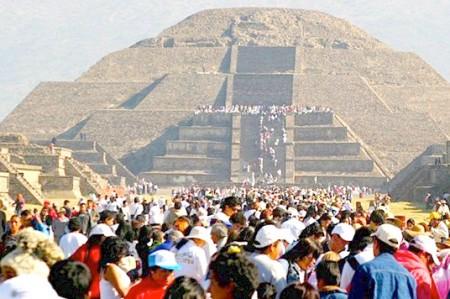 Teotihuacán, lugar favorito para observar equinoccio