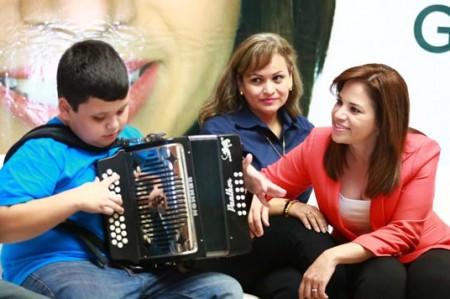 Ivonne Álvarez apoyará a pacientes con autismo