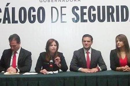 Presenta Ivonne Álvarez decálogo de seguridad