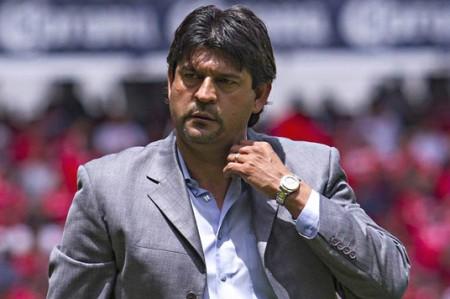 Cardozo anuncia su salida del Toluca
