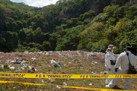 GIEI pide a la PGR cambiar versión sobre caso Iguala