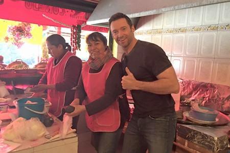 Ahora Hugh Jackman come tacos en La Marquesa