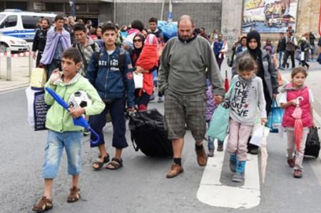 Casi cuatro mil inmigrantes llegan a Italia en los últimos días