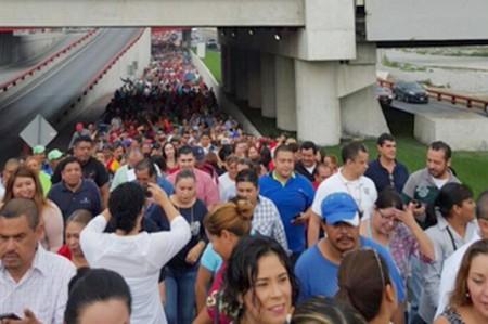 Acuerdan incremento salarial de 5.7% a burócratas del país