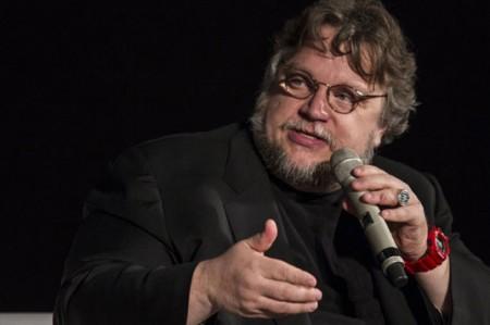 Guillermo del Toro llega a sus 51 años a la espera de estrenar filme