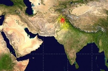 Sube a 430 cifra de muertos por sismo en Afganistán, Pakistán e India