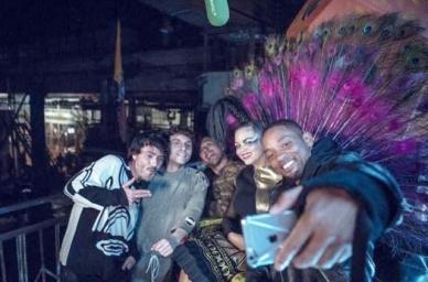 Bomba Estéreo y Will Smith harán una 'Fiesta' en los Latin Grammy