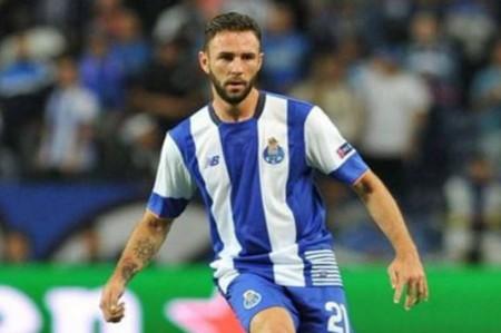 Miguel Layún destaca trabajo de Herrera y Corona con Porto