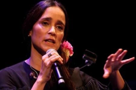 Julieta Venegas estará en el homenaje a Roberto Carlos, en Las Vegas