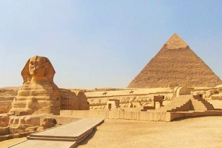 Las pirámides de Egipto eran graneros, según candidato a la Casa Blanca