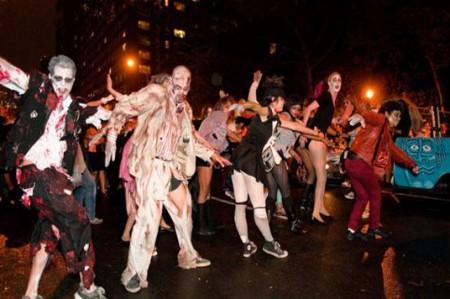 Lucen miles sus disfraces en desfile de Halloween de Nueva York