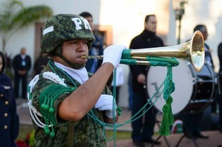 Canturosas preside ceremonia cívica
