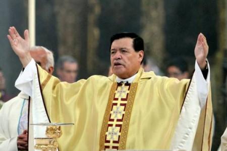 Iglesia católica no odia, ni condena a nadie: Rivera Carrera