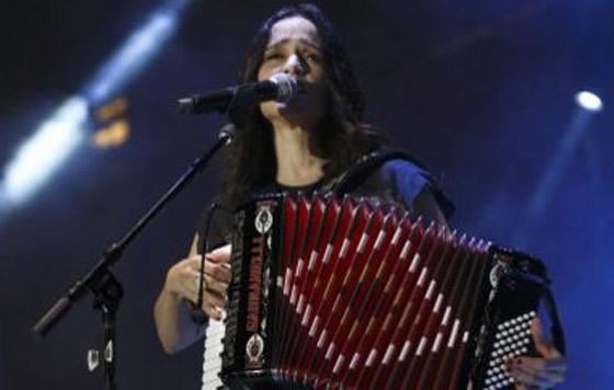 Julieta Venegas concluye año con éxito en América y Europa