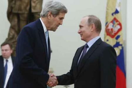 Kerry urge a Putin terminar guerra en Siria