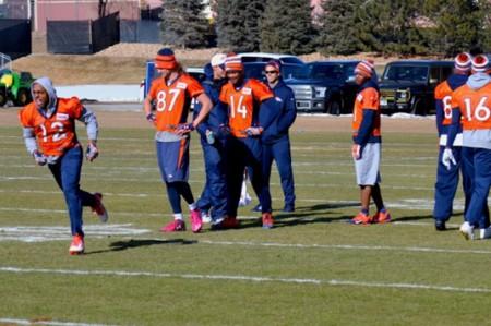 Broncos de Denver se muestra consciente ante la 'doble amenaza'  de Cam Newton