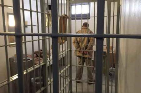 'El Chapo' ve películas de Cantinflas en la cárcel: Abogado
