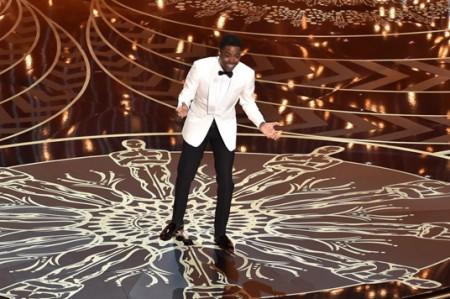 Los Óscar entre broma y broma, abordan la diversidad