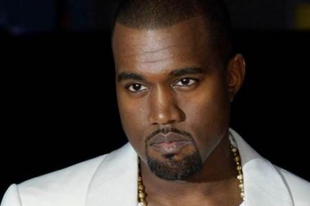 Cadena de pizzas le ofrece trabajo a Kanye West