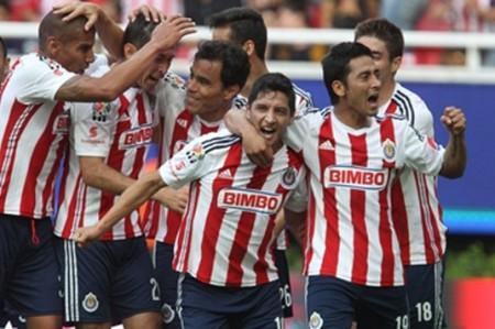 Chivas manda en su casa: Pizarro