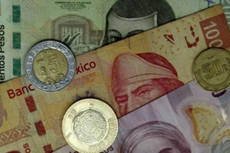 Peso se recupera, tras comportamiento similar a divisa sudafricana