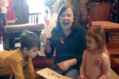 Mujer recupera la vista gracias a las Google Cardboard