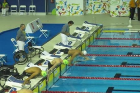 Mexicanos califican a final de natación