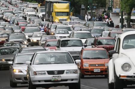 Afirman que Hoy No Circula no reducirá contaminación