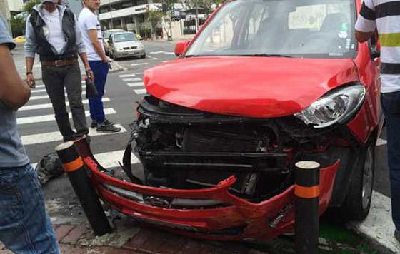 El mayor número de accidentes en los que participan vehículos de motor se registra durante los viernes, sábados y domingos, días en los que la cifra suelen llegar hasta los 8 percances diarios.