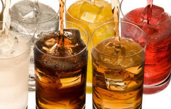 Universitarios elaboran bebida refrescante con propiedades medicinales