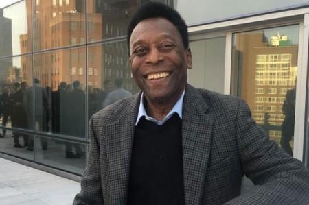 Pelé lanza su cuenta de Instagram