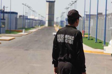 Trasladan a 22 reos del Estado a otros penales del país