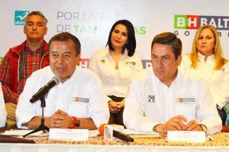 'Tamaulipas necesita un hombre con pantalones': Camacho