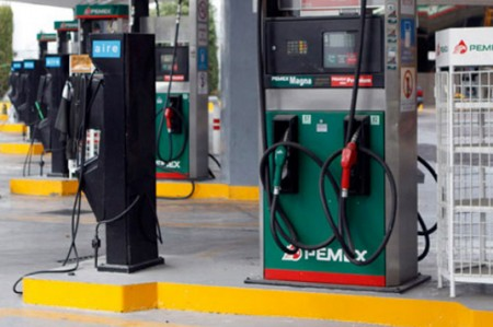 Suspenden seis gasolineras en Puebla por irregularidades