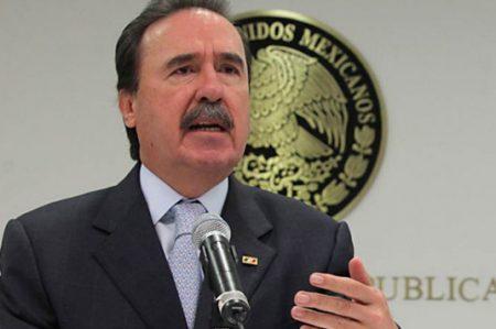Gamboa pide incluir en extraordinario sanción por robo de combustible