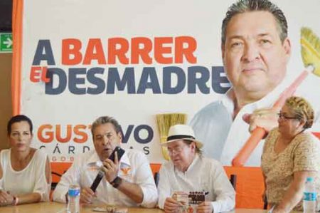 'Cabeza de Vaca tiene fortuna injustificable' : Gustavo Cárdenas