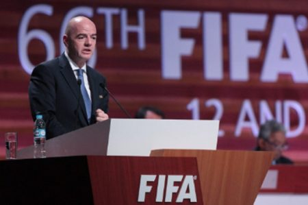 Infantino afirma quiere una FIFA 'transparente y progresiva'