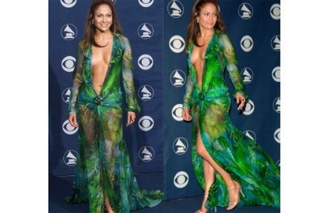 Jennifer odió usar el vestido Versace