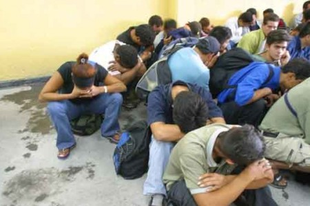 Repatriados 10 mil menores de EU, reporta Gobernación
