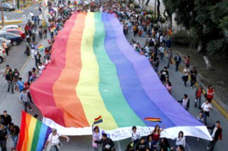 Waze muestra su orgullo LGBT y prepara alternativas viales para el desfile