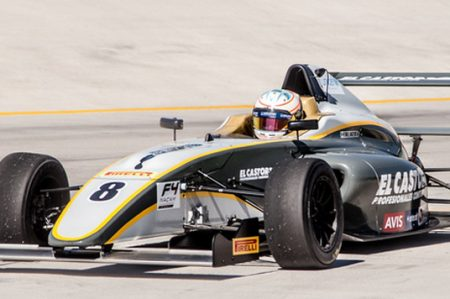 Piloto Axel Matus es primer campeón de la Fórmula 4 FIA Nacam