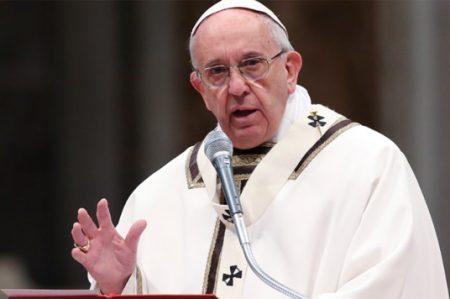 El Papa destituye a cardenal alemán al frente de Doctrina de Fe