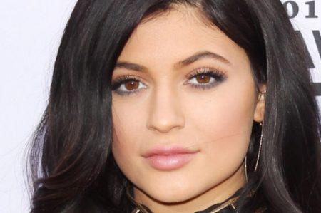 Kylie Jenner publica atrevida fotografía