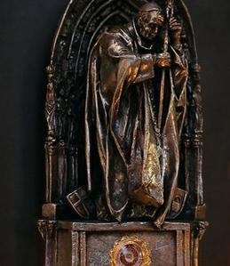 Roban reliquia del Papa Juan Pablo II de catedral alemana