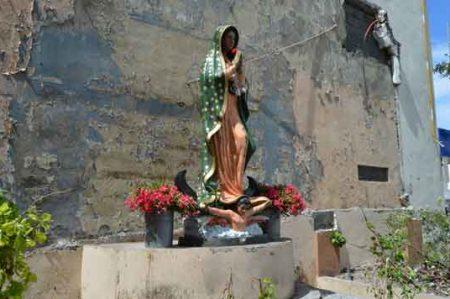 Milagro guadalupano: escultura soporta tromba